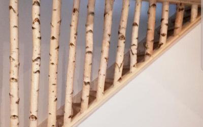 Treppengeländer mit Birkenstämmen